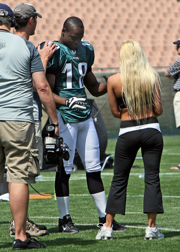 Jeremy Maclin (Eagles) getting suggestions from Mary Reily for his touchdown celebration
