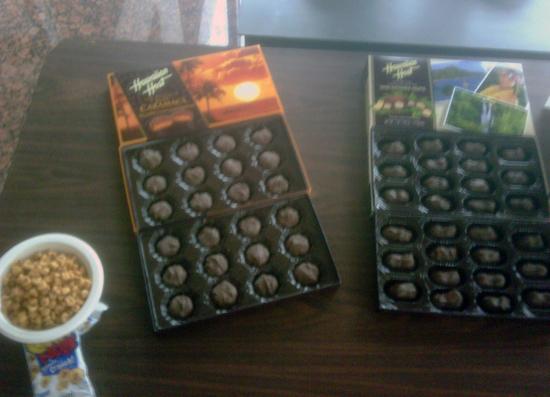 Tasty treats from one of Upper Deck's Hawaiian admirers.