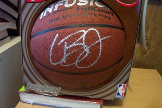 best website 7ffb2 8c868 Authentic or a Forgery? Be Careful Purchasing Collectibles ...