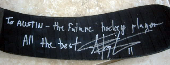 2013-Upper-Deck-Father-of-the-Year-Winner-Barrie-Grice-Austin-Anze-Kopitar-Stick