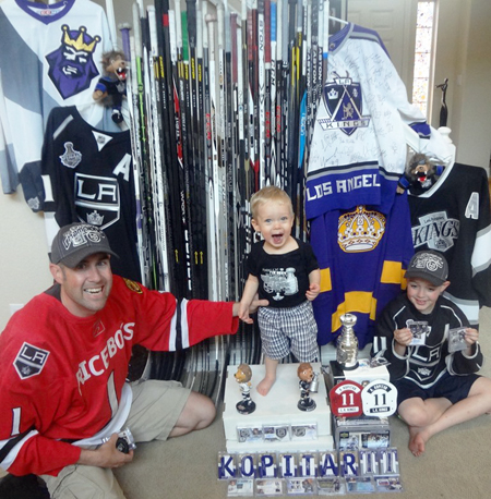 2013-Upper-Deck-Father-of-the-Year-Winner-Barrie-Grice-Kids