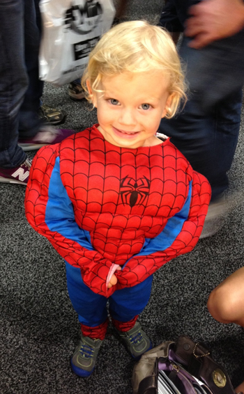 Comic-Con-San-Diego-Upper-Deck-Best-Worst-Dressed-2013-Little-Spiderman