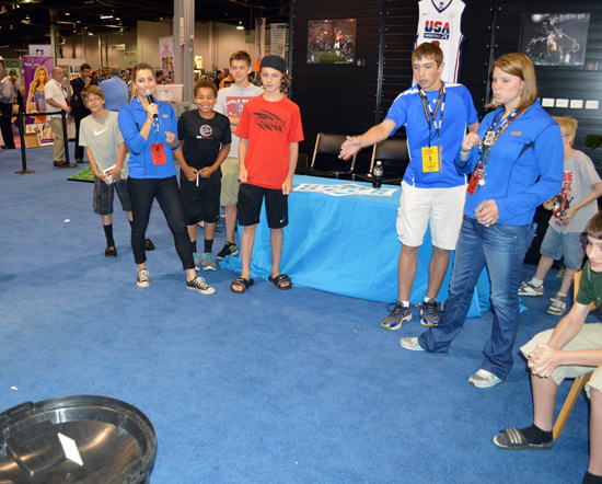 2013-National-Sports-Collectors-Convention-Kids-Decoy-Toss-Tournament