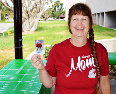 2013-Upper-Deck-CLC-College-Colors-Day-Celebration-Stacy-Zuniga-Purchasing-Washington-State