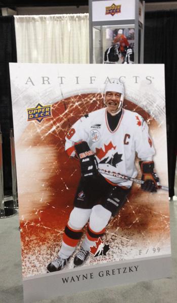 2013-Fall-Expo-Wayne-Gretzky-Photo-Opportunity