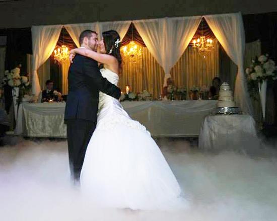 Cloutsnchara-Wedding-Upper-Deck-Dance