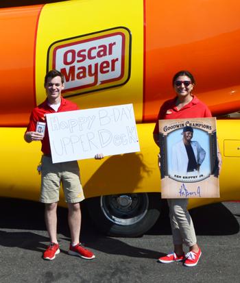 Upper-Deck-Happy-Birthday-Weiner-Mobile-Oscar-Mayer-Close-Up