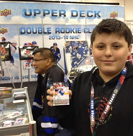 Spring-Expo-Toronto-Sport-Card-Memorabilia-Upper-Deck-Young-Kid-Boy-Collector