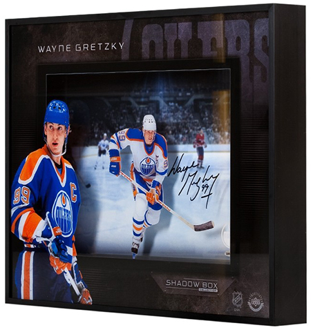Upper-Deck-Authenticated-Collectible-Signed-Shadow-Box-Wayne-Gretzky-Side-3-D