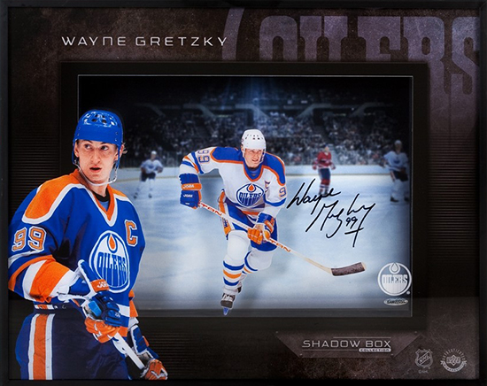 Upper-Deck-Authenticated-Memorabilia-Autographed-Shadow-Box-Wayne-Gretzky-Front