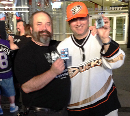 Upper-Deck-Random-Acts-of-Kindness-Kings-Ducks-Game-6-Fan-7