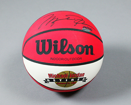 Beckett-Auctions-Jordan-Retirement-Basketball-Autographed-UDA