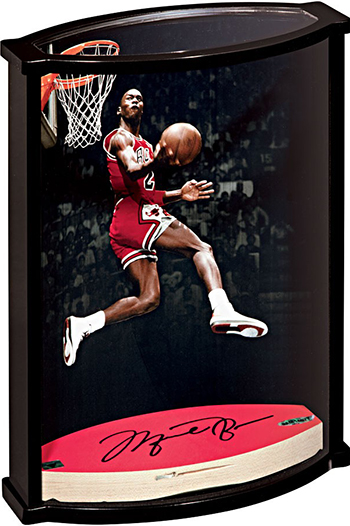 Group-Gift-Idea-Dad-Father-Upper-Deck-Authenticated-Autographed-Curve-Display-Michael-Jordan-Side