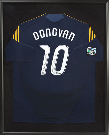 Landon-Donovan-Upper-Deck-Authenticated-Signed-Jersey-UDA