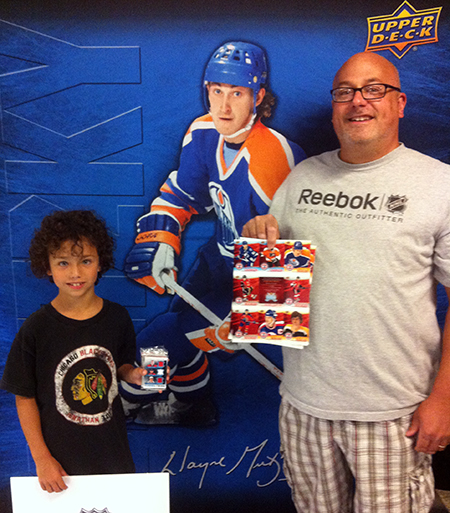 2014-NHL-Draft-Upper-Deck-Booth-Happy-Father-Son-Collectors