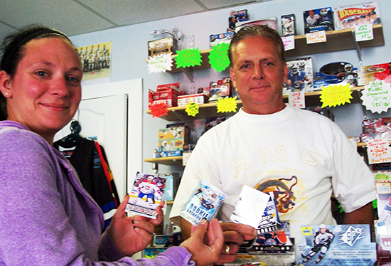 2014-Upper-Deck-Father-of-the-Year-Winner-Mike-Bodnar-Canada