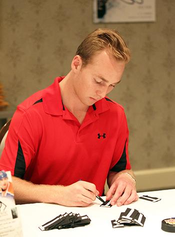 2014-NHLPA-Rookie-Showcase-Letterman-Sam-Bennett-Signing-Autograph