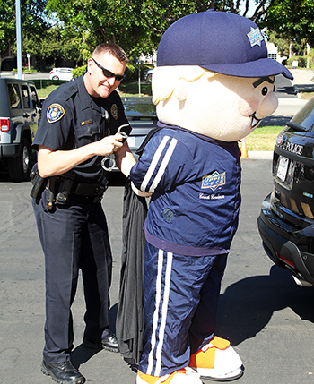 Upper-Deck-Gives-Back-Charity-Philanthropy-Halloween-Trick-or-Trade-Police-Law-Enforcement-Local-Coach-Cardman-Arrested-3
