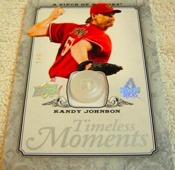 2015-Baseball-Hall-of-Fame-Randy-Johnson-Upper-Deck-Timeless-Moments-Button-Card