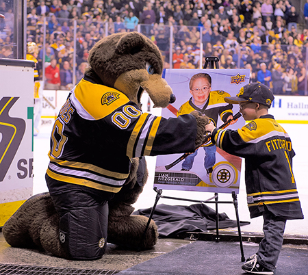 Upper-Deck-Boston-Bruins-Liam-Fitzgerald-Trading-Card-Heroic-Inspirations-Reveal-Mascot-3