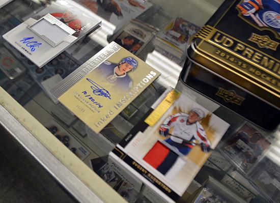 jim-steves-sportscards-waukegan-il-upper-deck-authenticated-memorabilia-premier-hockey-pulls-1