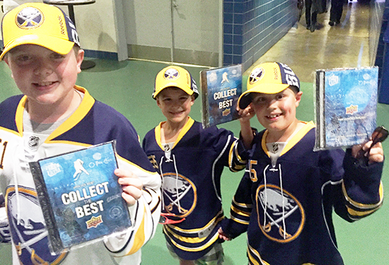 2016-NHL-Draft-Upper-Deck-First-Niagra-Buffalo-Sabres-Happy-Kid-Fans-Collector-Binders