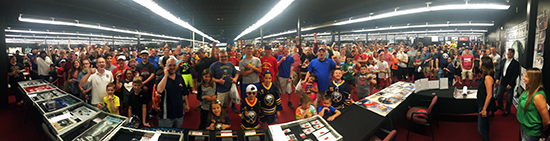 Upper-Deck-Dave-Adams-Williamsville-HUGE-crowd-fans-collectors