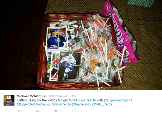 trick-or-trade-customer-pack-giveaway-candy-alternative-hockey-cards-6