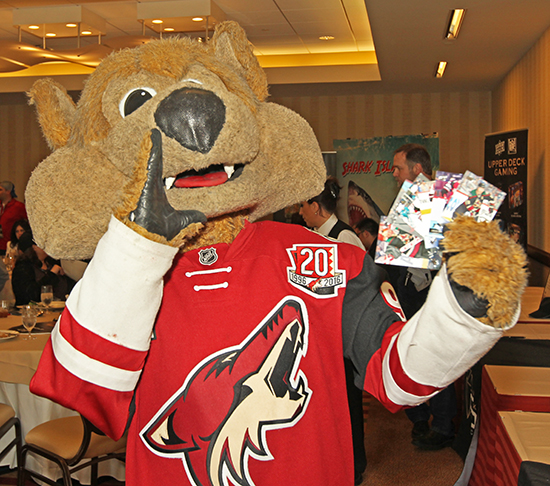 2017-Upper-Deck-Certified-Diamond-Conference-NHL-NHLPA-Lunch-Howler-Howling-Coyotes-Arizona-Mascot