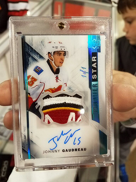 2017-upper-deck-sport-card-memorbabilia-toronto-nhl-hockey-cards-premier-johnny-gaudreau-one-of-one