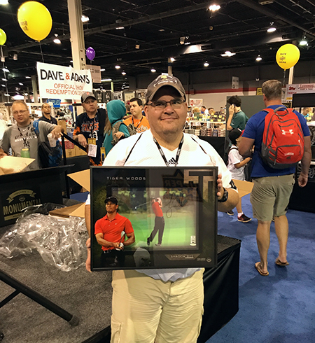 Upper-Deck-Authenticated-Monumental-Volume-1-Multi-Sport-National-Sports-Collectors-Convention-Tiger-Woods-Shadowbox