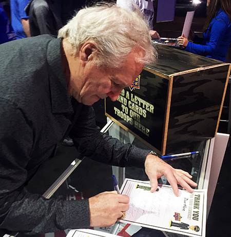 2018-NHL-All-Star-Upper-Deck-military-appreciation-operation-gratitude-letters-to-the-troops-fans-darryl-sittler