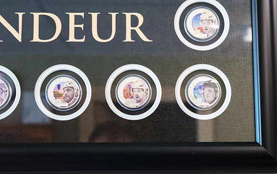 upper-deck-authenticated-grandeur-hockey-coins-display-framed-set