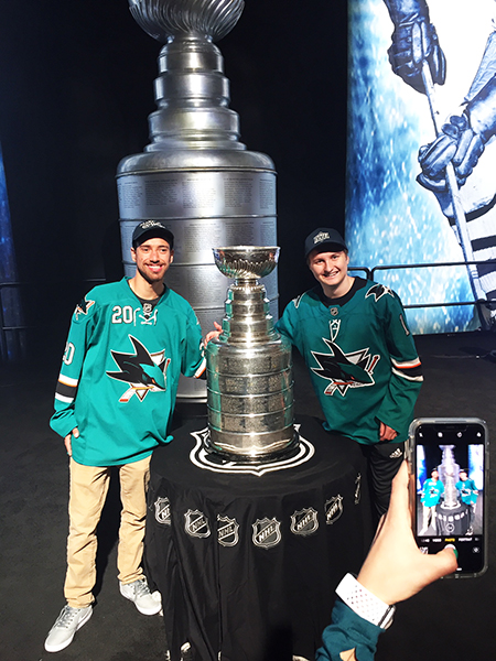 2019-nhl-all-star-fan-fair-upper-deck-make-a-wish-kids-san-jose-sharks