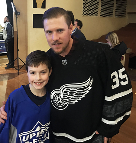 2019-upper-deck-nhl-all-star-media-day-kid-correspondent-player-jimmy-howard