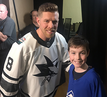 2019-upper-deck-nhl-all-star-media-day-kid-correspondent-player-joe-pavelski