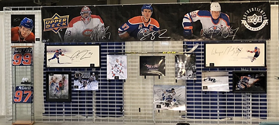 2019-summit-show-edmonton-upper-deck-authenticated-mcdavid-gretzky-roy-booth