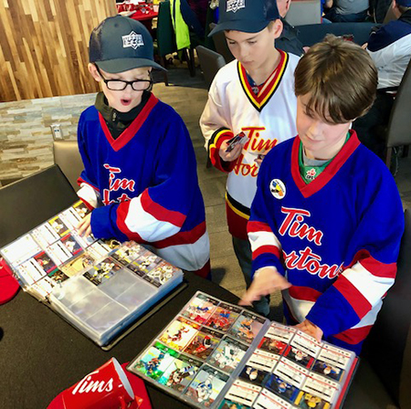 upper deck tim hortons trading card event nhl heritage classic